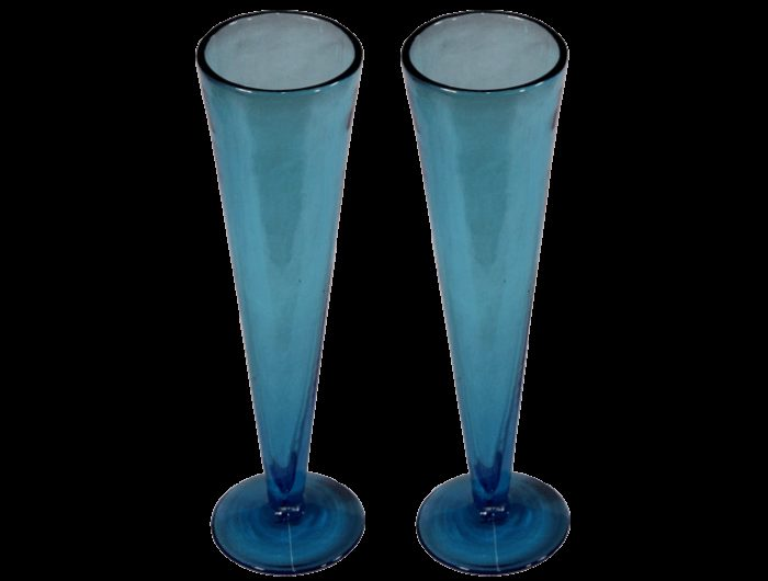 fl tes champagne en verre artisanal verre souffl bleu turquoise. Black Bedroom Furniture Sets. Home Design Ideas