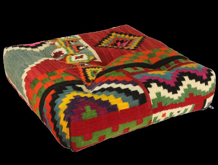 coussin de sol 60x60 kilim flashy pour une d coration d. Black Bedroom Furniture Sets. Home Design Ideas