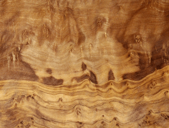 planche a decouper en bois d olivier un bel objet en