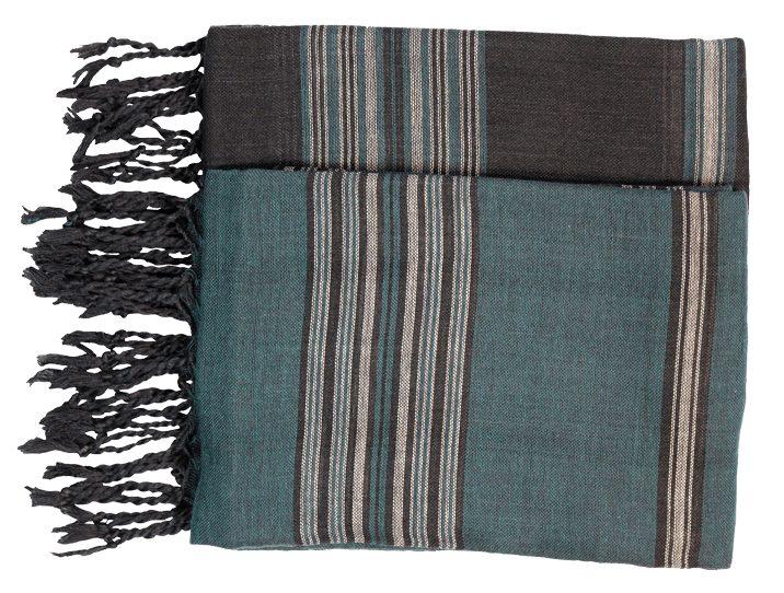 A la Saint Valentin, un joli cadeau artisanal pour le couple : l'ensemble des deux écharpes vertes