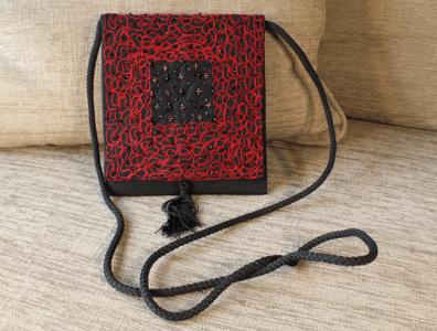 pochette de soiree noire et rouge 3