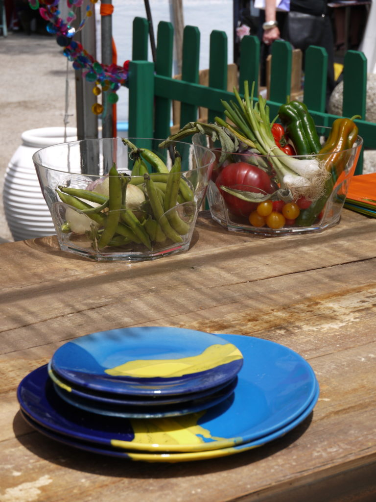 terrasse gourmande coté bois d'olivier produits frais Salon Vivre Coté Sud 2013