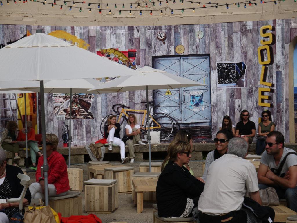 terrasse les palissades espace de convivialité Salon Vivre Côté Sud 2013