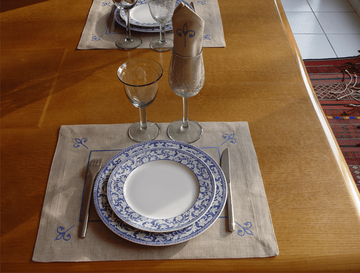 Sets de table lin brod s lys artisanat tunisien - Set de table en lin ...