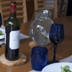 gobelet en verre soufflé bleu foncé 2