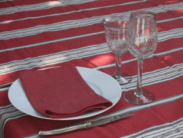 nappe-en-coton-rouge-rectangulaire