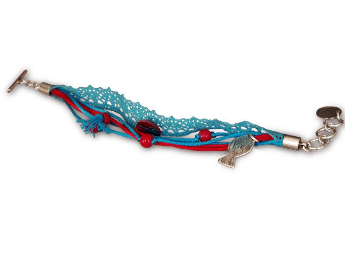 bracelet ruban rouge et turquoise pendentif argenté