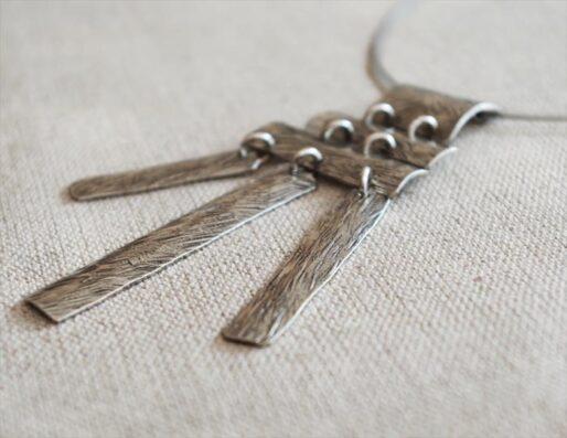 Colliers artisanaux