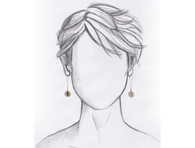 boucles oreilles nacre pendentif tanit dore mannequin