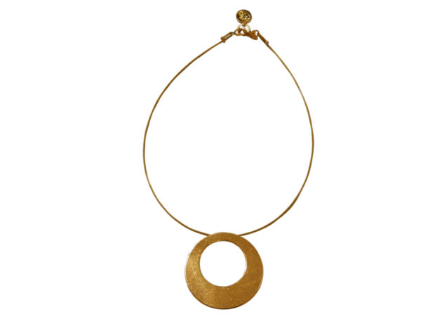 collier cercle artisanal doré