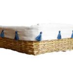 corbeille à fruits pompons bleus tressee vue de profil