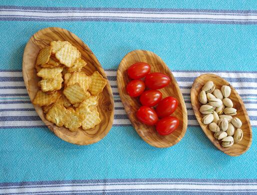 présentoir en bois d'olivier artisanal